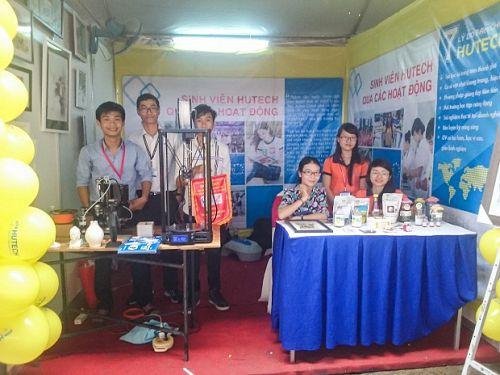 Sinh viên HUTECH tham gia Festival Tuổi trẻ sáng tạo TP. Hồ Chí Minh lần VII