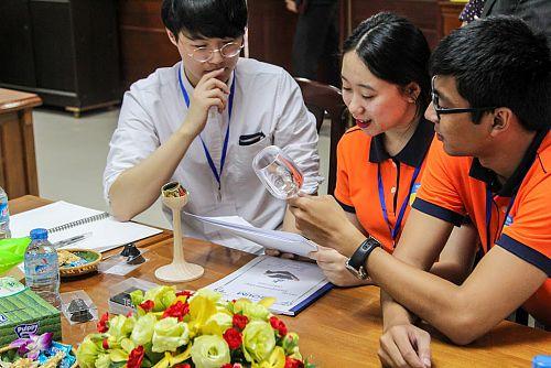 """Sinh viên Hàn Quốc tham dự """"Global Student Startup Springboard"""" tại HUTECH"""