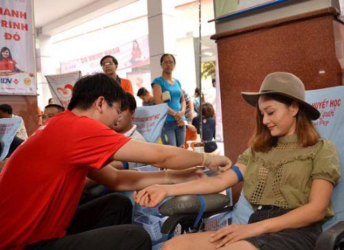 11/7 Ngày hội hiến máu tình nguyện HUTECH. Bạn cần tư vấn gì từ bác sĩ nhà trường?