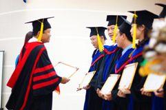 Tuyển sinh Thạc sĩ 2017: HUTECH tặng học bổng 20% học phí cho cựu sinh viên