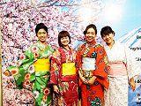Sinh viên HUTECH tìm hiểu truyền thống trang phục Nhật tại Lễ hội Yukata Festa 2016