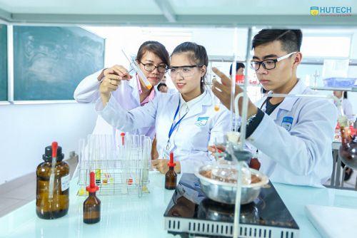 Điều kiện mở nhà thuốc tư nhân: Dược sĩ Đại học chỉ cần 18 tháng kinh nghiệm