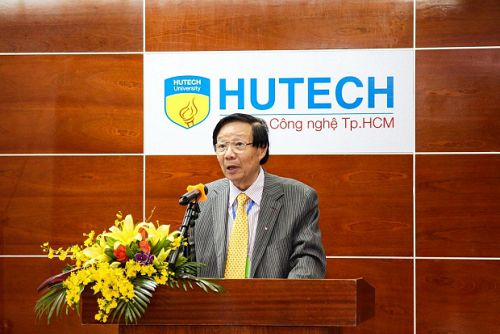 """Hội thảo quốc tế về """"Cách mạng công nghiệp 4.0"""" tổ chức thành công tại HUTECH"""