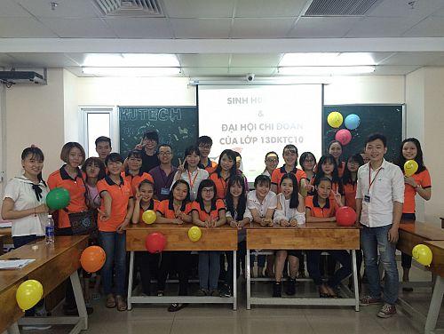 Sinh viên Khoa Kế toán- Tài chính- Ngân hàng tham gia sinh hoạt lớp HK1_2016 - 2017