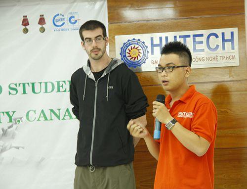 HUTECH tuyển sinh chương trình Đại học đào tạo bằng tiếng Anh