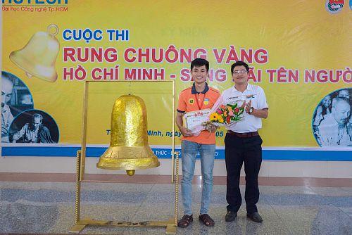 """Sinh viên Khoa Luật giành chiến thắng """"Rung chuông vàng Hồ Chí Minh – Sáng mãi tên Người"""""""